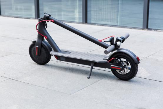 小米米家电动滑板车 上档次的轻型代步工具